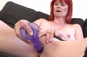 Wife swallowing black cum